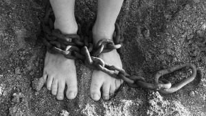chains-19176_640 (1)