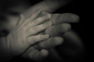 hand-1326748_640
